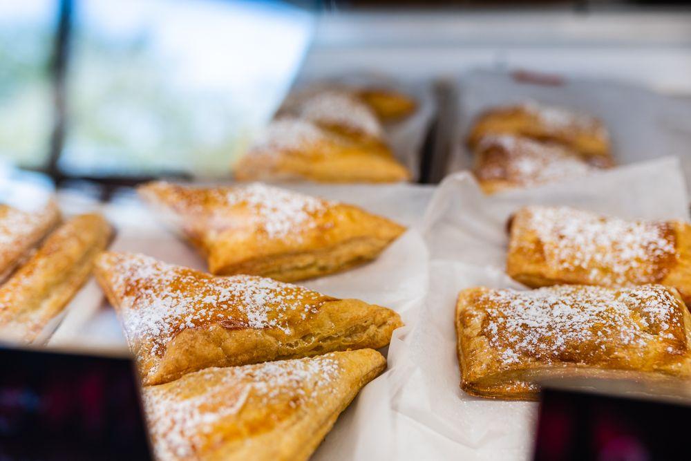 Heavenly Treats Bakery & Cafe: 635 S Wickam, West Melbourne, FL