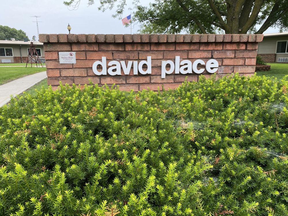 David Place: 260 S 10th St, David City, NE