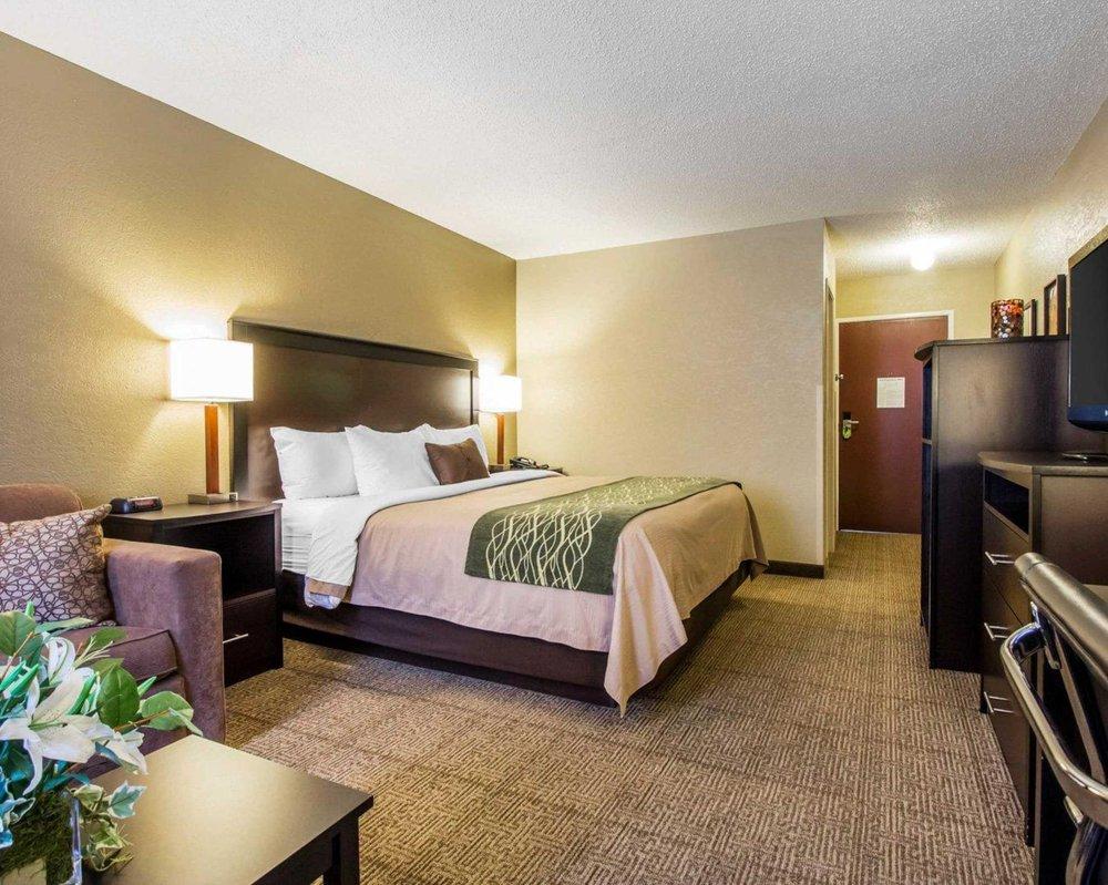Quality Inn: 2608 South Hwy 421, Harlan, KY