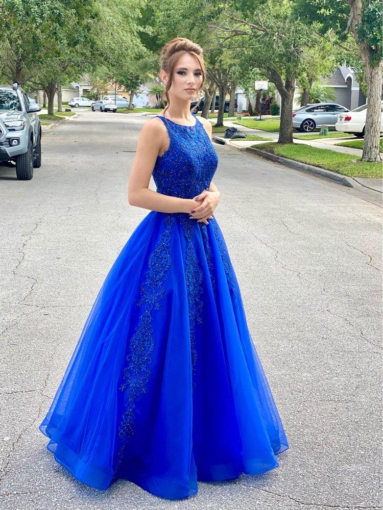 Rizo's Alterations & Formal Wear: 419 S Semoran Blvd, Orlando, FL