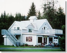 The Farm Bed & Breakfast Inn: 11828 Salmon Creek Rd, Seward, AK