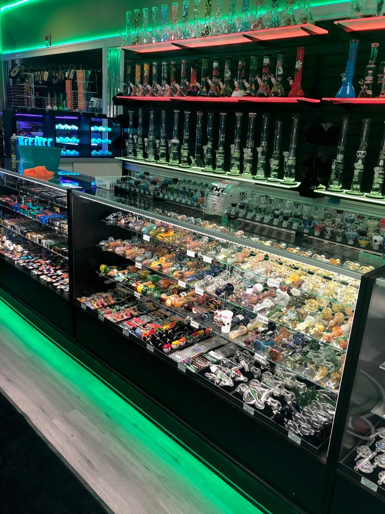Area 51 Smoke Shop: 6733 Lake Harbour Dr, Midlothian, VA