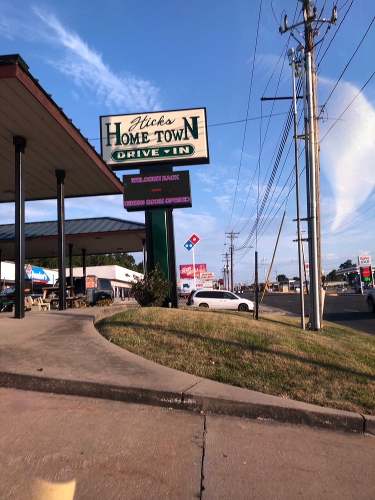 Hicks Hometown Drive-In: 1311 Washington St, Chillicothe, MO