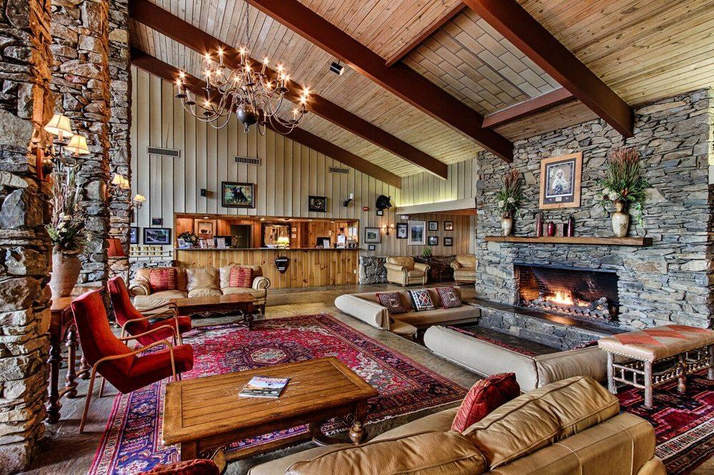 Fontana Village Resort & Marina: 300 Woods Rd, Fontana Dam, NC