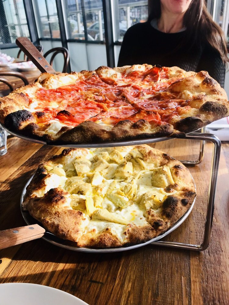 Seppe Pizza Bar: 3 Navy Pier Ct, Staten Island, NY