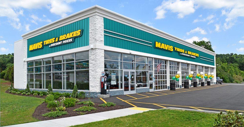 Mavis Tires & Brakes: 11094 Tara Blvd, Hampton, GA