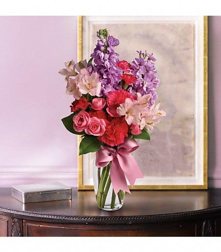 Flowers N More: 704 Main St, Andrews, TX