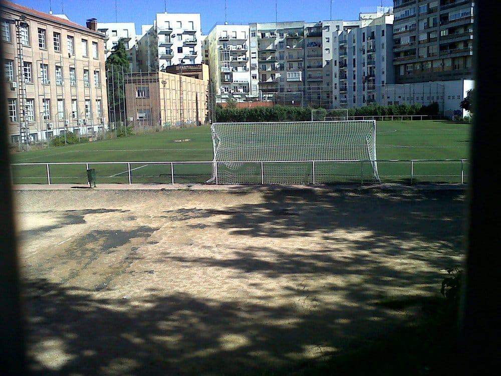 Fotos de instalaciones deportivas canal de isabel ii yelp for Oficinas canal isabel ii madrid