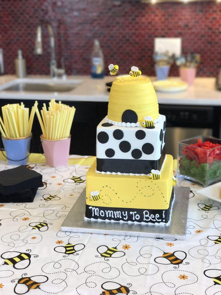 Jeana's Great Cakes: 10559 Hamilton Ave, Cincinnati, OH