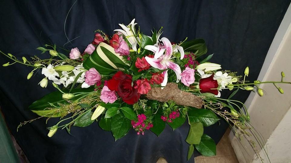 Bella Casa Floral Design: 482 Deer Park Ave, Dix Hills, NY