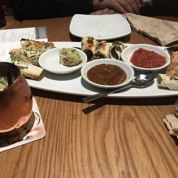 California Pizza Kitchen at St. Louis - 109 Photos & 68 Reviews ...