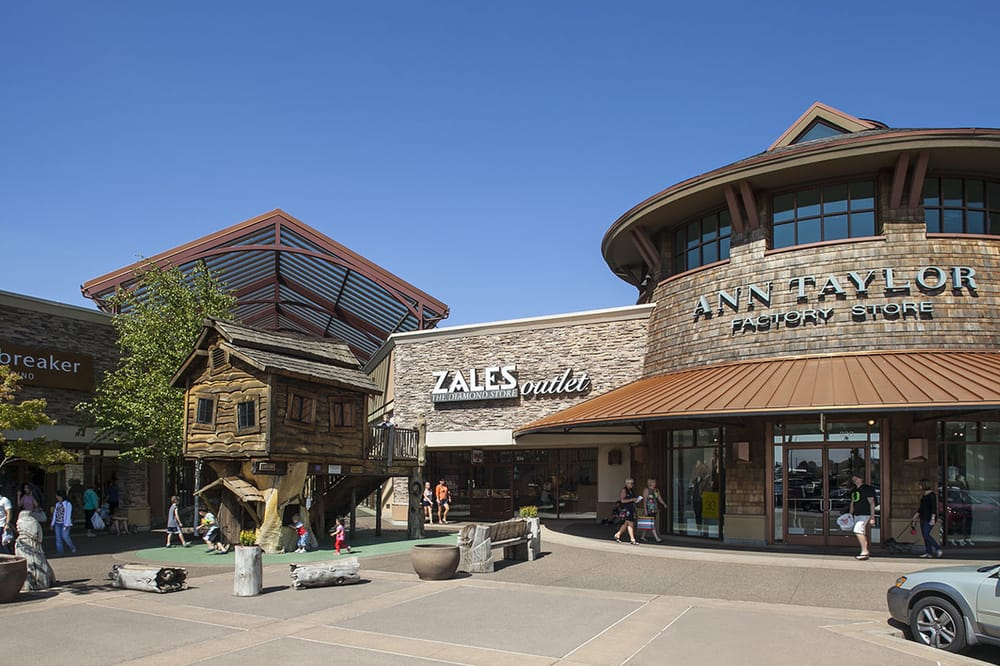 Current Deals at Woodburn Premium Outlets
