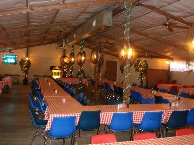 Mungia's BBQ & Event Center: 6095 Heidenheimer Rd, Temple, TX
