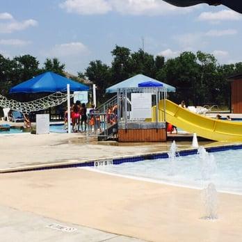 Veteran S Memorial Park Temp Closed 20 Photos 25 Reviews Swimming Pools 2525 New Hope