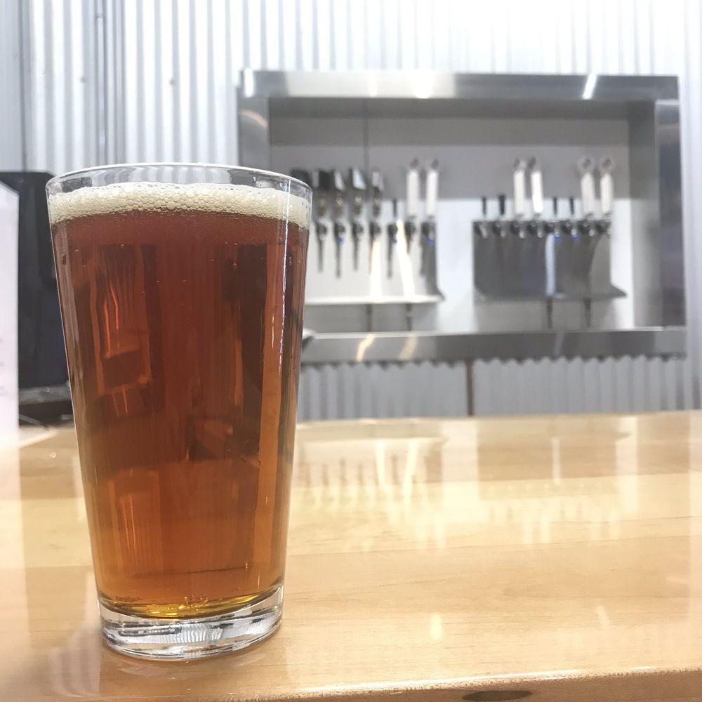 Pathfinder Brewery: 2702 Fort Worth Hwy, Hudson Oaks, TX