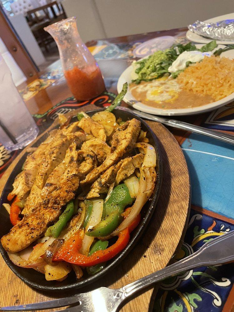 Pedros Tacos And Tequila Bar: 3024 MacArthur Dr, Alexandria, LA