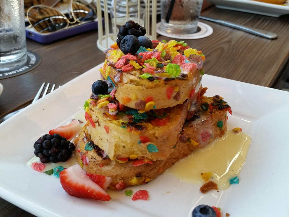 Fruity pebbles french toast yelp for Bosscat kitchen