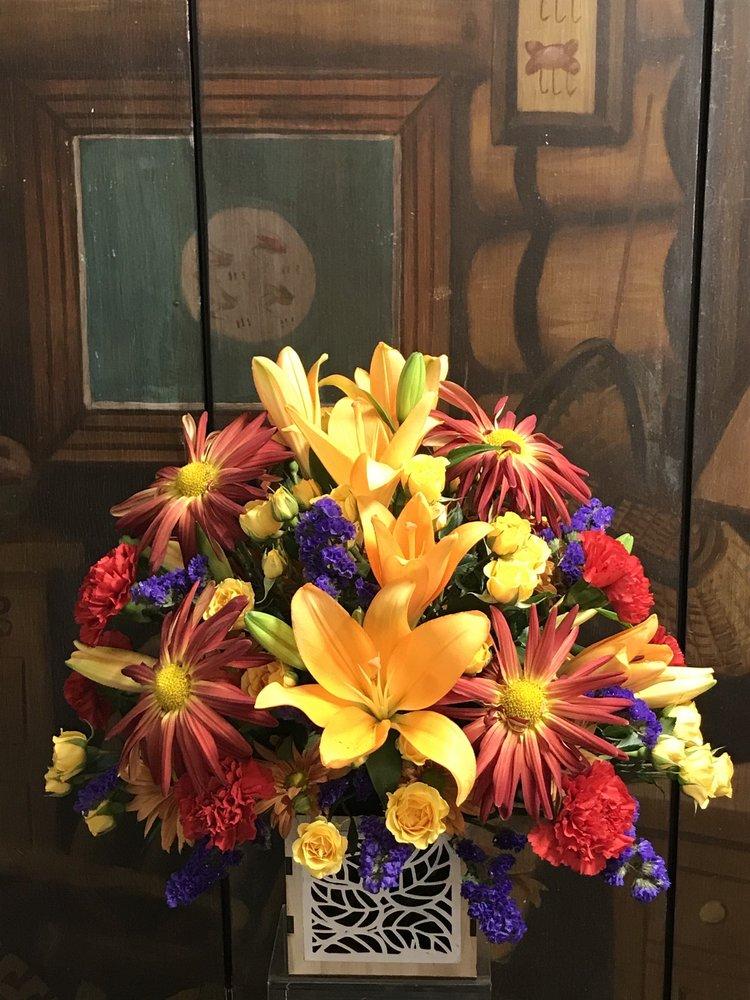 Photo of Cottage Florist: Hendersonville, NC