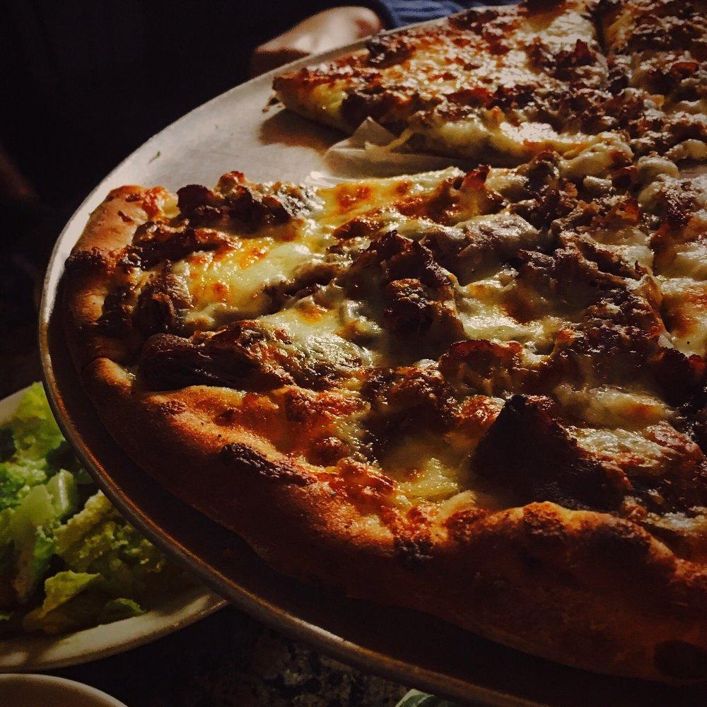 Francoluigi's Pizzeria & Italian Restaurant