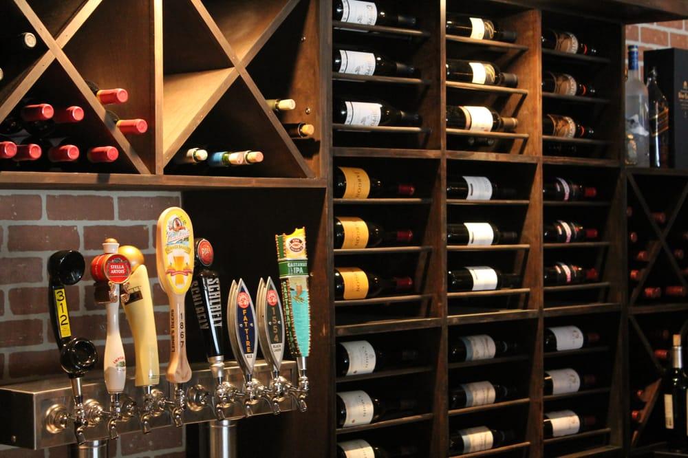Benson's Wine Bar: 1308 Swanwick St, Chester, IL