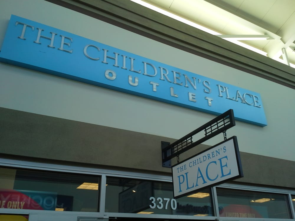The Children's Place Outlet outlet store is located in Bossier city, Louisiana - LA area. The Children's Place Outlet is placed at Louisiana Boardwalk on address Boardwalk Boulevard, Bossier, Louisiana - LA with GPS coordinates ,