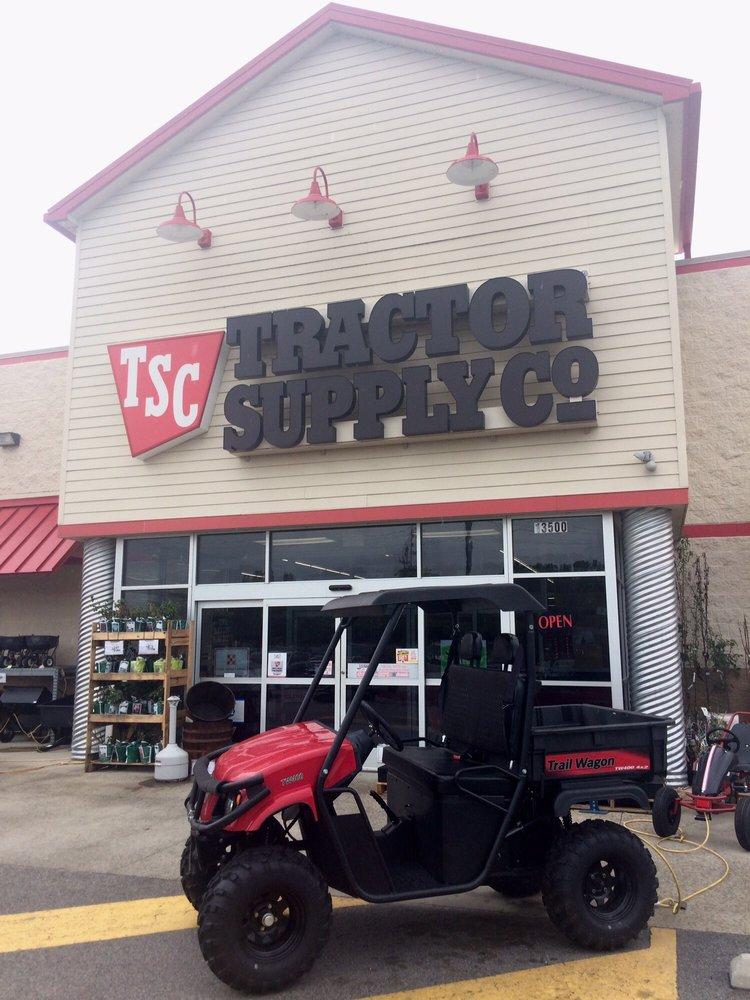 Tractor Supply Company: 13500 Benn's Church Blvd, Smithfield, VA