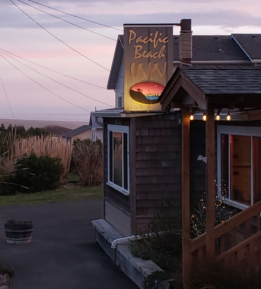 Pacific Beach Inn: 12 1st St S, Pacific Beach, WA
