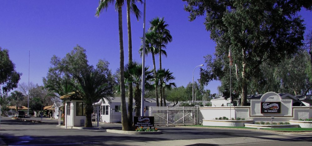 La Hacienda Rv Resort: 1797 W 28th Ave, Apache Junction, AZ