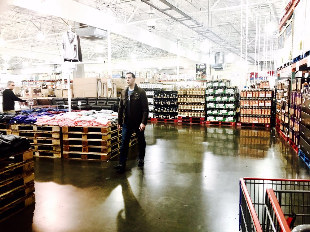 Costco: 5101 Business Center Dr, Fairfield, CA