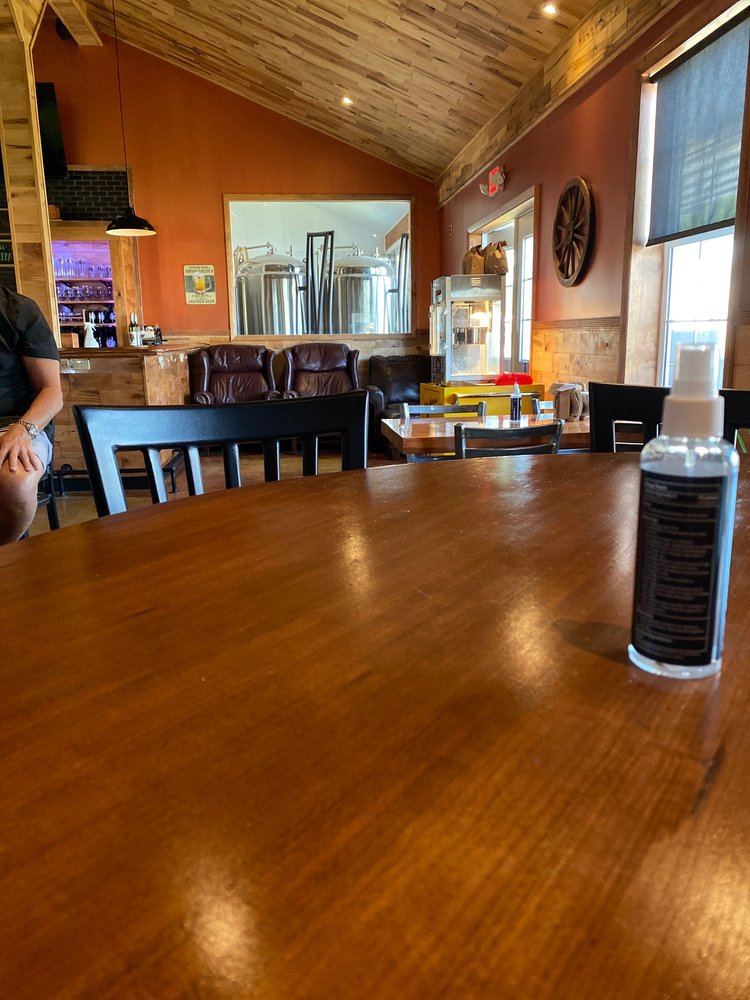 7 Hamlets Brewing: 26 Seymour Ln, Westmoreland, NY