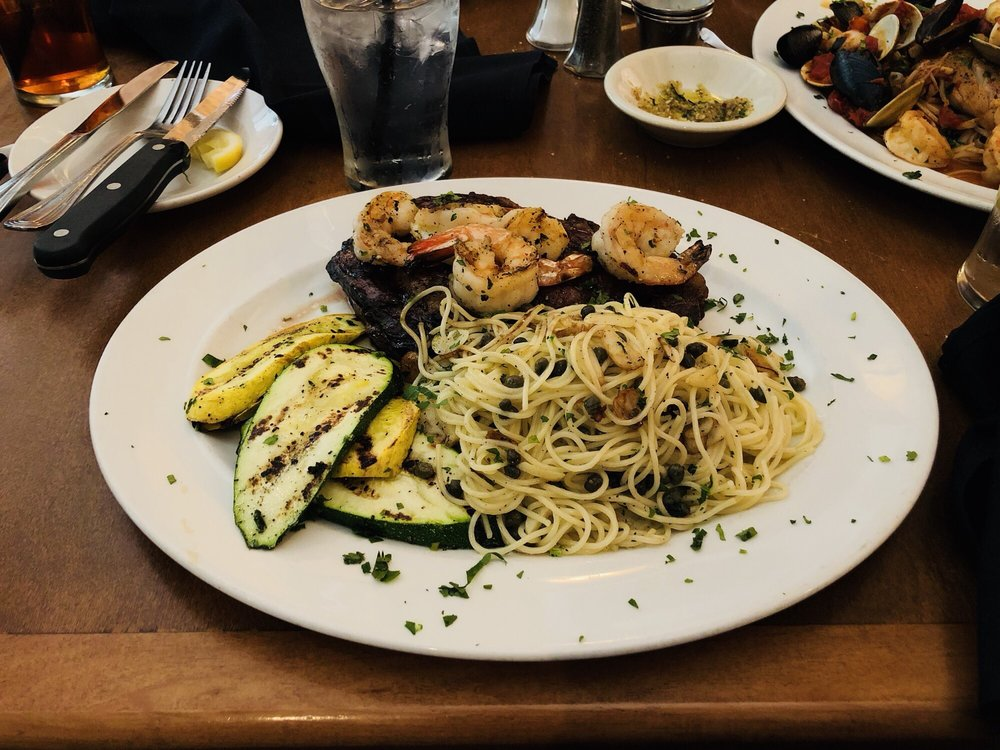 Food from Avellinos