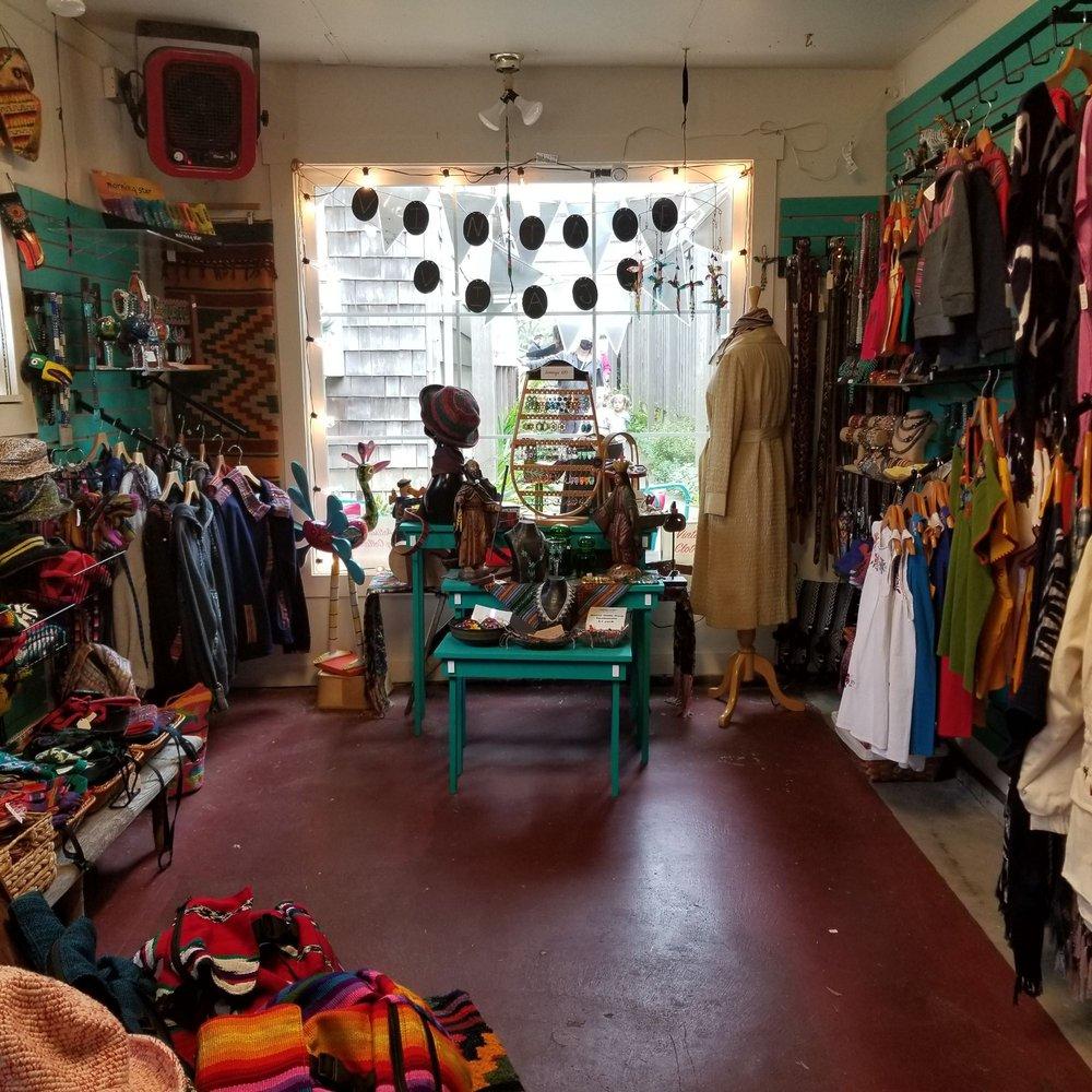 Vintage Viaje: 247 N Hemlock St, Cannon Beach, OR