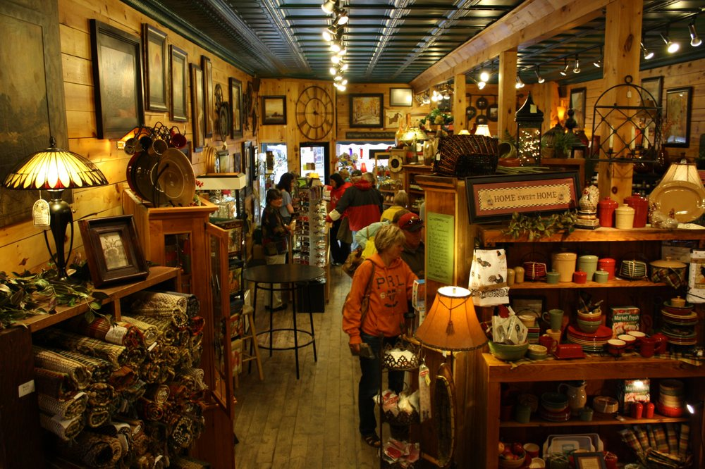 Christmas Point Wild Rice Co & Gifts: 523 Minnesota Ave W, Walker, MN