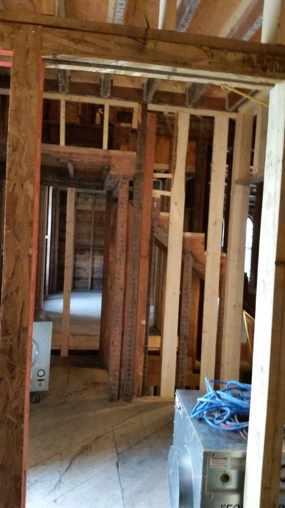 Rapid Restoration DKI: 1901 Oakcrest Ave, Roseville, MN