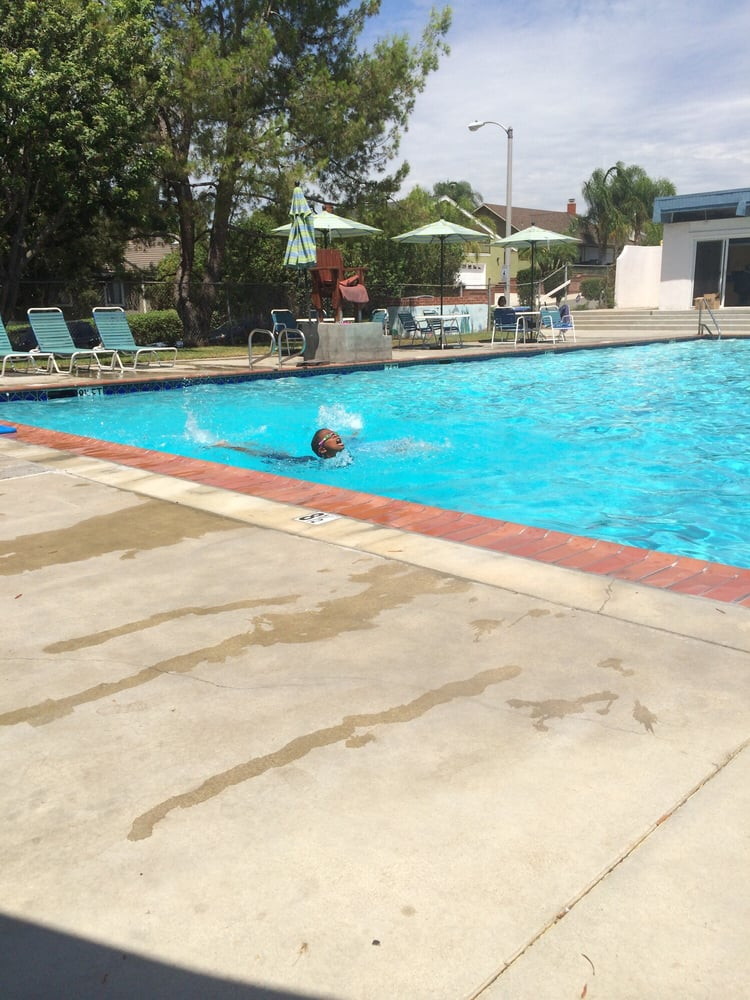 Deane Homes Swim Club: 1010 Overlook Ridge Rd, Diamond Bar, CA