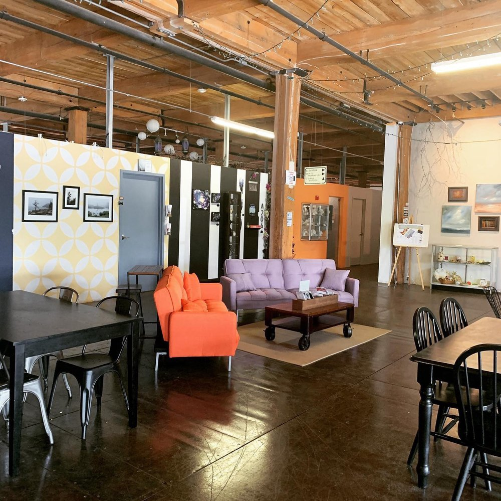 Social Spots from Western Avenue - Studios & Lofts