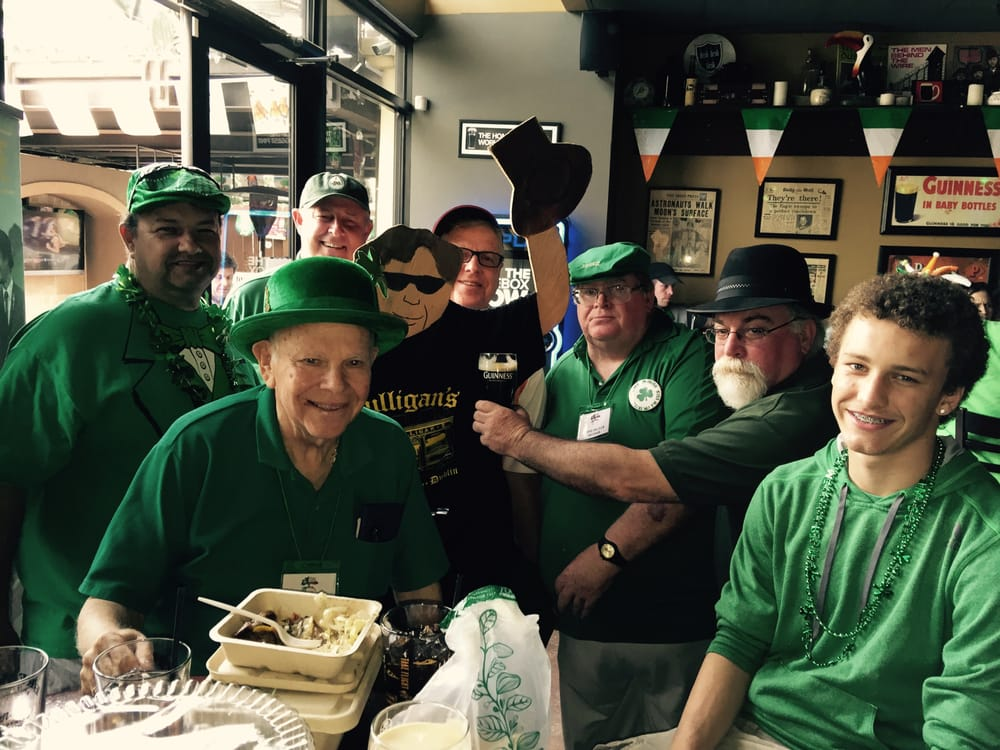 Pimlico Irish Pub: 810 Waugh Dr, Houston, TX