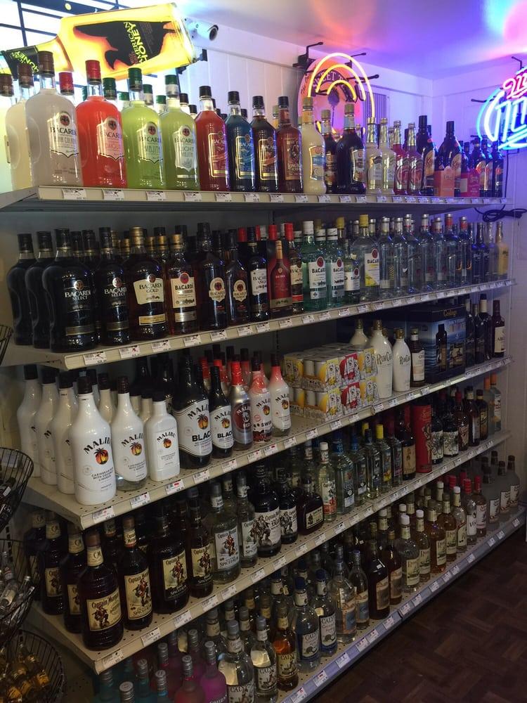 Hillbilly Spirits: 426 A S US Hwy 83, Leakey, TX