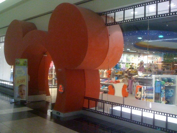 Arden Fair Mall is a two-level regional shopping mall located on Arden Way in Sacramento, California, USA. It consists of over tenants, encompassing over 1,, square feet .