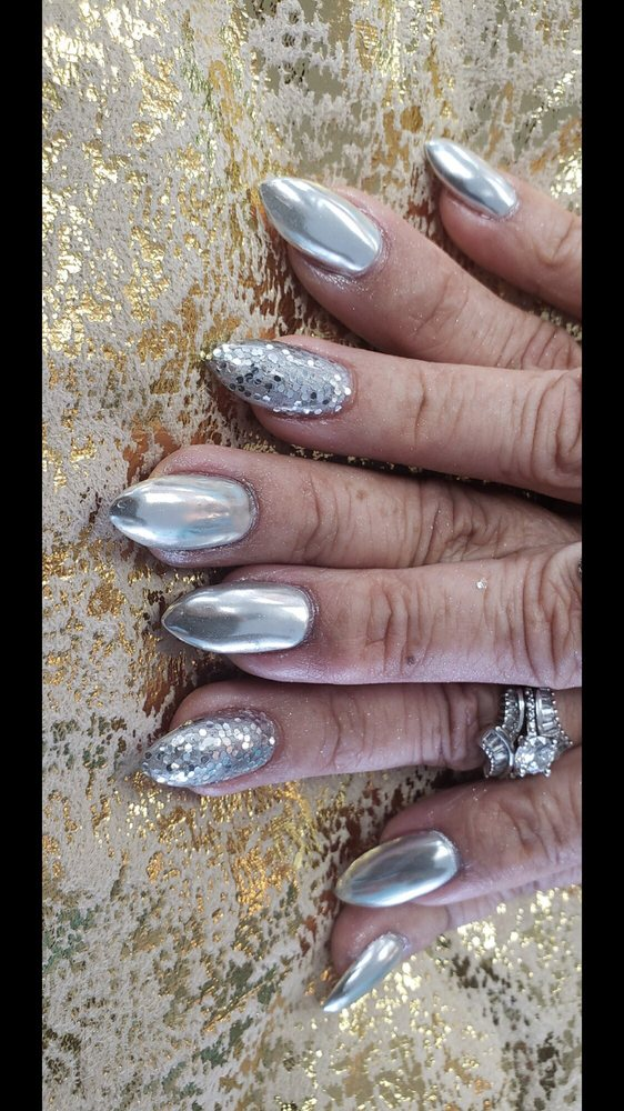 RainRiver Nails: 250 W Foothill Blvd, Monrovia, CA