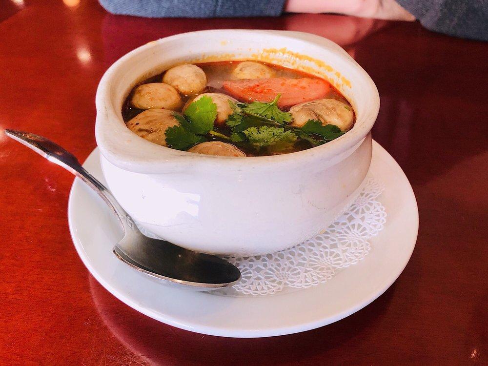 Pom's Thai Restaurant