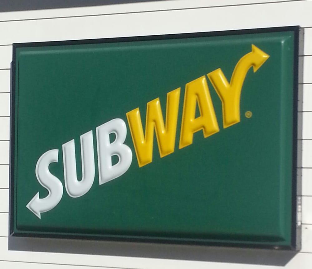 Subway Restaurants: 10400 Crossett Hwy, Bastrop, LA