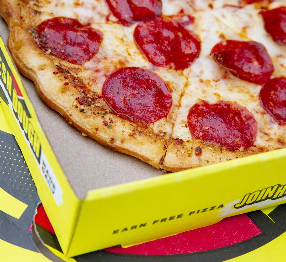 Hungry Howie's Pizza & Subs: 414 W Wade St, Trenton, FL