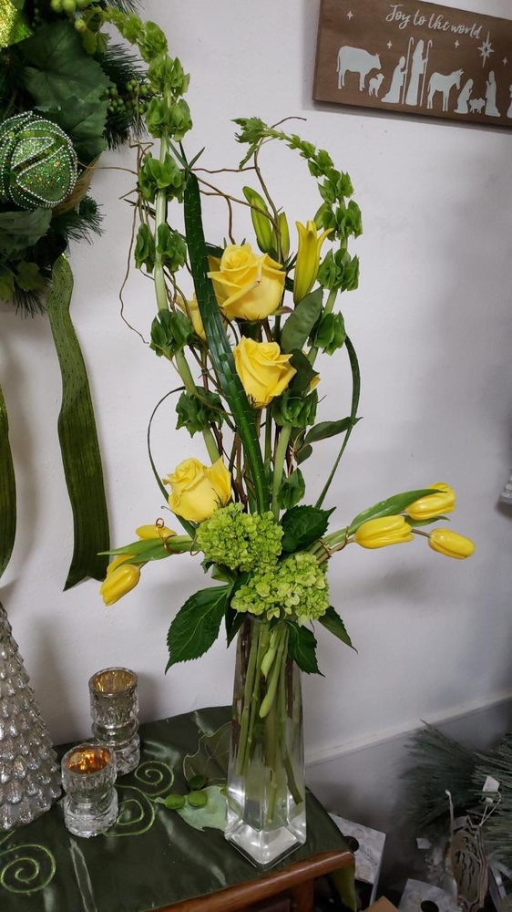 Creative Floral Designs by Helene: 5218 Broadway St, San Antonio, TX