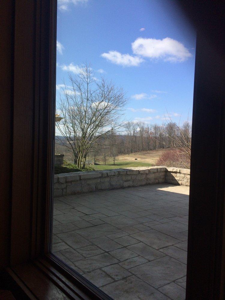 Overlook Restaurant - Virtues Golf Club: One Long Dr, Nashport, OH