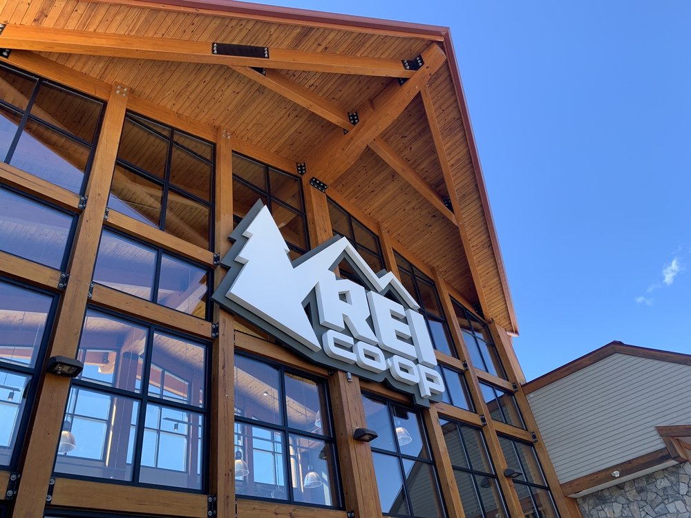 REI: 1498 White Mountain Hwy, North Conway, NH