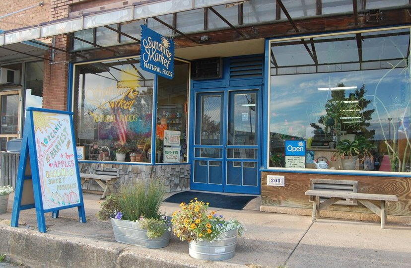 Sunshine Market Natural Foods: 208 E 1st St, Mountain View, MO