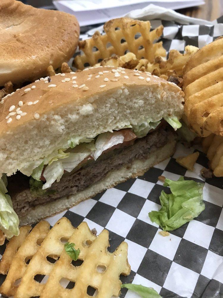 V's Cafe: 936 Carrollwood Dr, LaPlace, LA