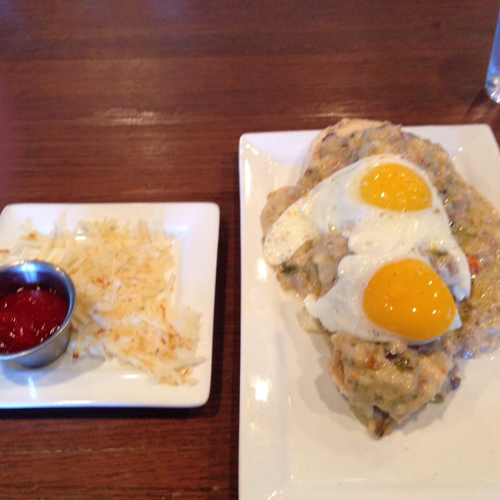 green chili biscuit and gravy dish. with side of hashbrowns. - yelp