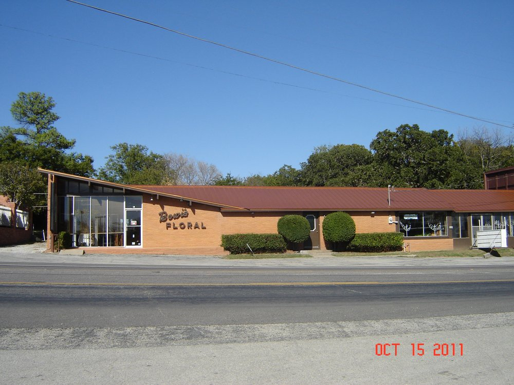 Bowie Floral & Greenhouse: 609 W Wise St, Bowie, TX